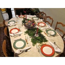 """70"""" x 126"""" Oval Polyester Tablecloth"""