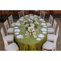 """108"""" x 132"""" Oval Majestic Reversible Tablecloth"""