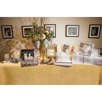 Natural burlap fitted tablecloth With pleated corners