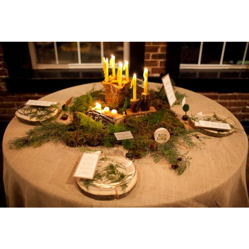 Burlap 96 Round Tablecloth Display