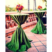 coctail table tablecloth