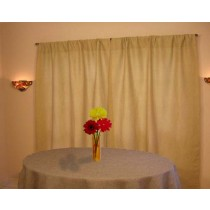 72 Round Burlap Tablecloth Arrangement