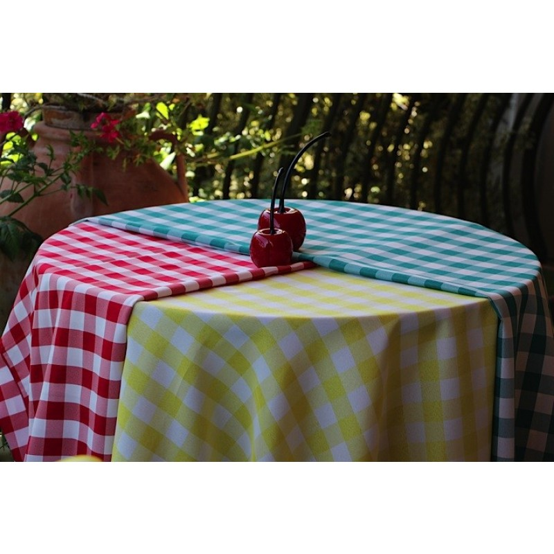 Oval Checkered Tablecloth 108 X 156