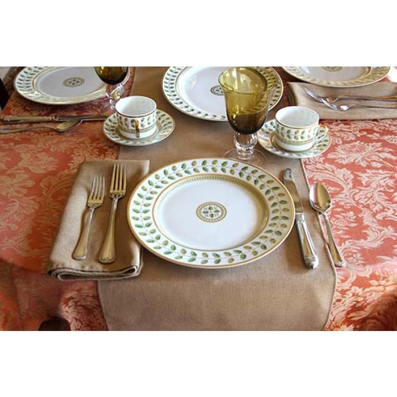 Miranda damask table setting