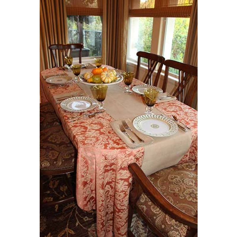 Miranda Damask Sienna with Table Runner