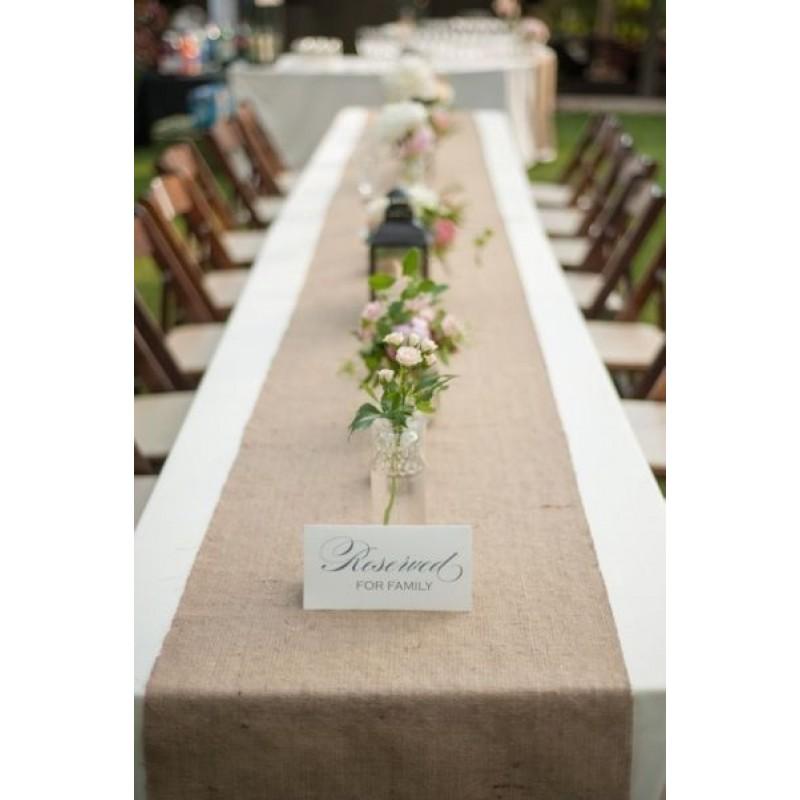burlap table runner wedding