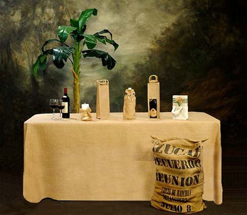 Fitted Burlap tablecloth display